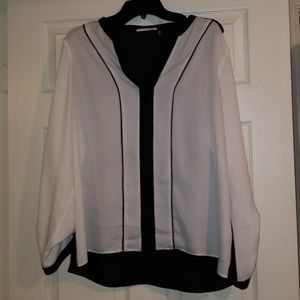Tahari black and white blouse